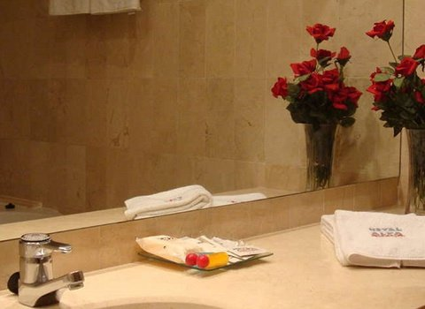 The hotel bathroom that offer quality products for the care ...